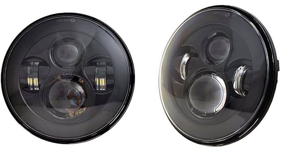 Improved headlights for clearer vision in fog and rain: these beauties are irreplaceable as a nifty Jeep gadget.