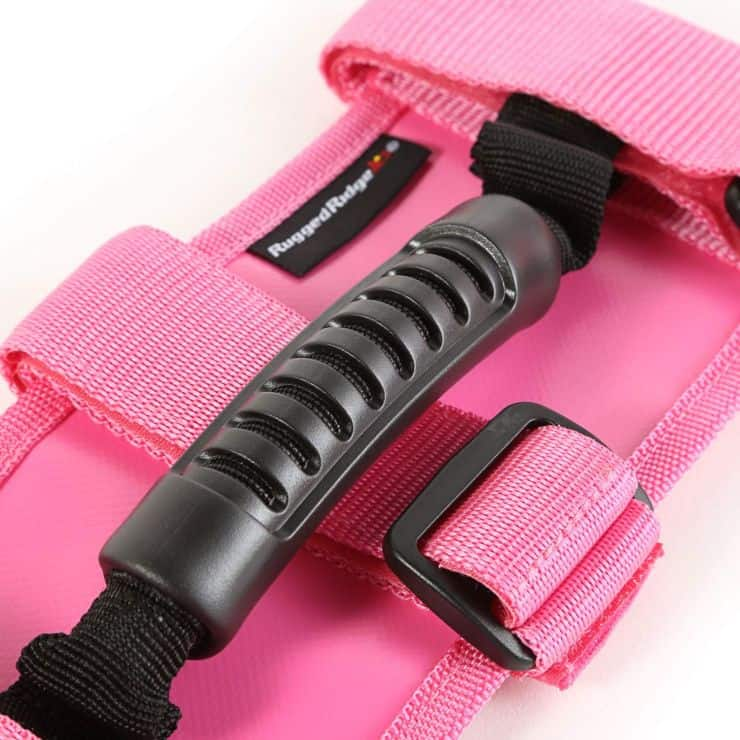 Pink accessories for your Jeep interior: my picks.