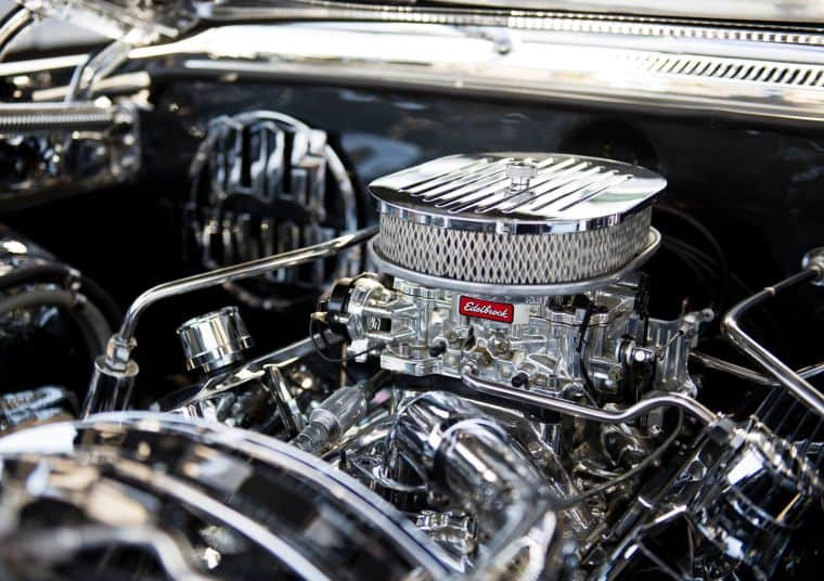 Edelbrock and Holley carburetors: Comparing how they function
